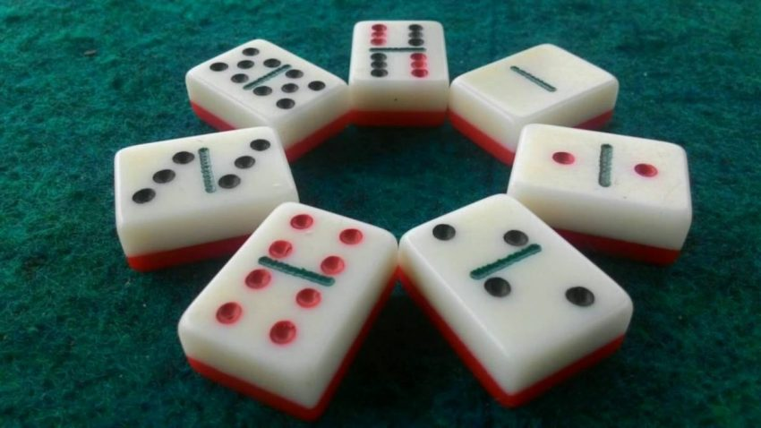 Dominoes Casino